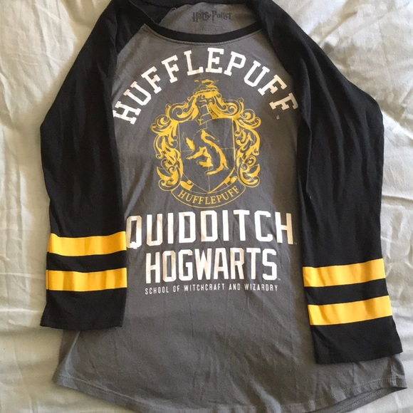 c4c11cf0a Hot Topic Tops | Harry Potter Hufflepuff Raglan Tshirt | Poshmark